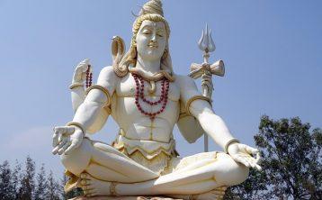 lord-shiva-1800672_640-358x222